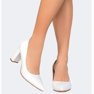 Shoes - Pointed Toe Pumps
